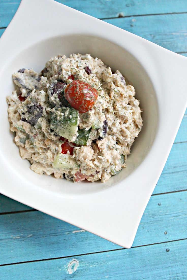Paleo Greek Tuna Salad 5 cans of wild, BPA-free tuna (drained) 1 cup of grape tomatoes, sliced in half 1/4 large cucumber, diced 1/2 red onion, diced 1/2 cup of seedless kalamata olives, cut in half 1/2 cup of olive oil dill to taste oregano to taste salt and pepper
