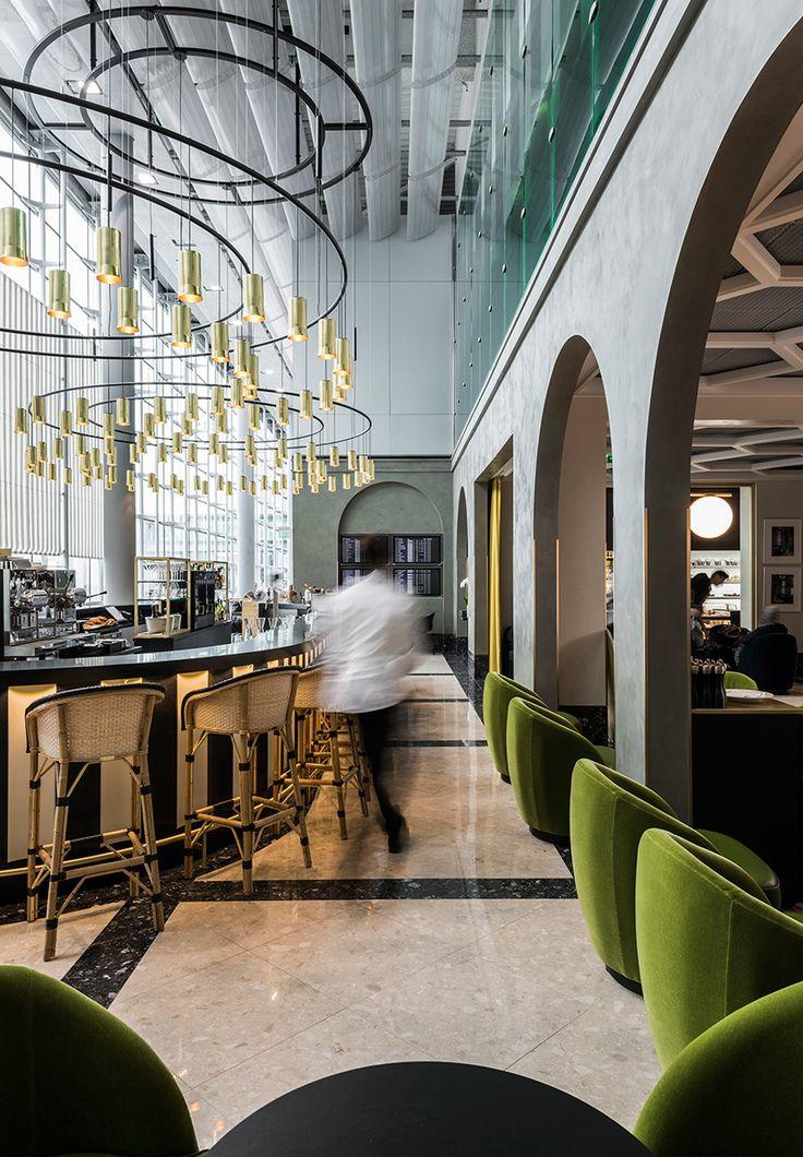 Restaurante i love paris chandeliers restaurant