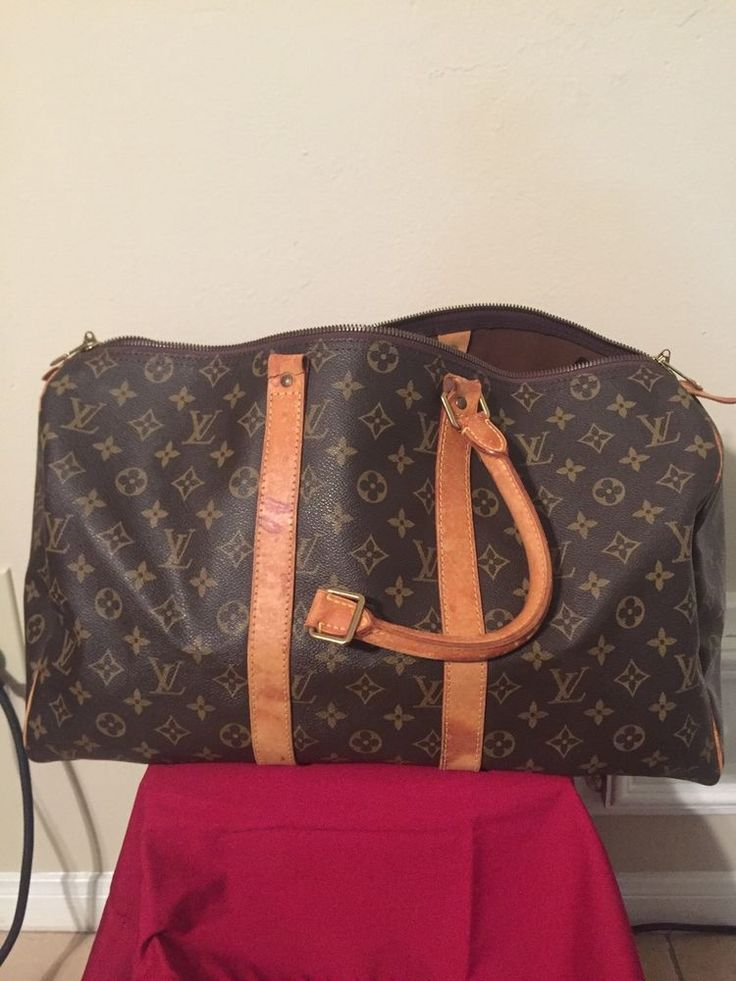 Louis Vuitton Keepall 45 #LouisVuitton #TravelBag