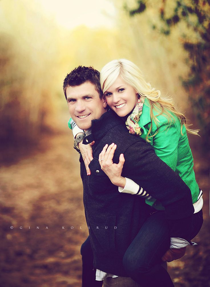 engagement photo idea.  Her hands are awkward but i like the idea