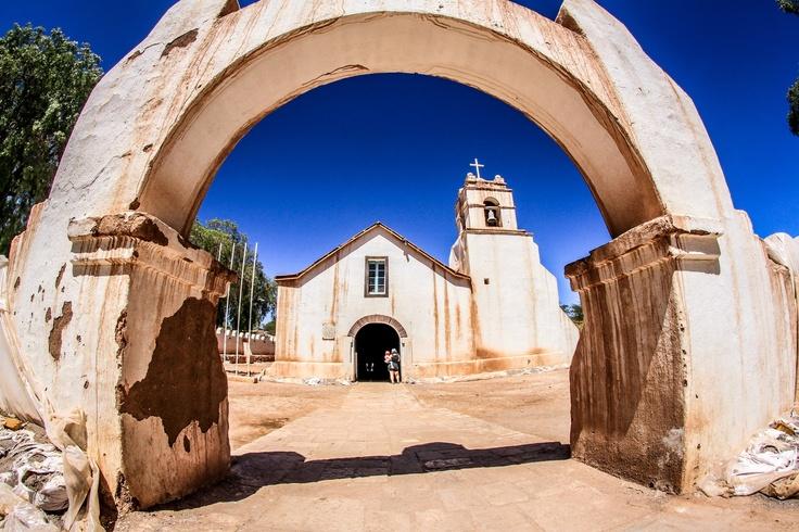 Iglesia de San Pedro de Atacama. Foto de Víctor Burgos Romero.