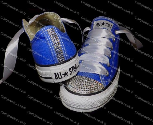 Attractive Swarovski Or Diamante Crystal Adult Lo Top Converse In Royal Blue