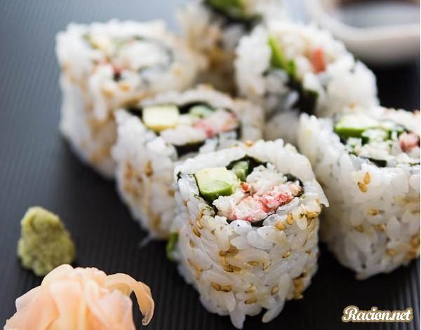 Рецепт Суши роллы Филадельфия с крабовым мясои