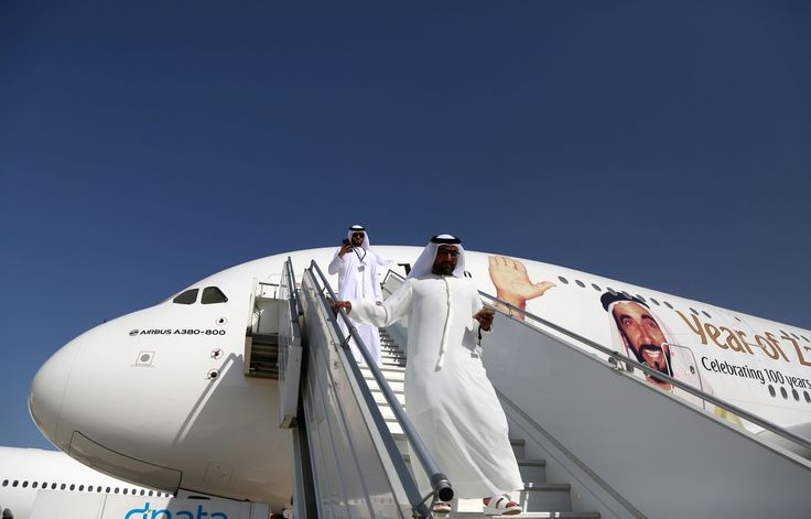 Boeing et Airbus affolent le salon aéronautique de Dubaï - RT en français