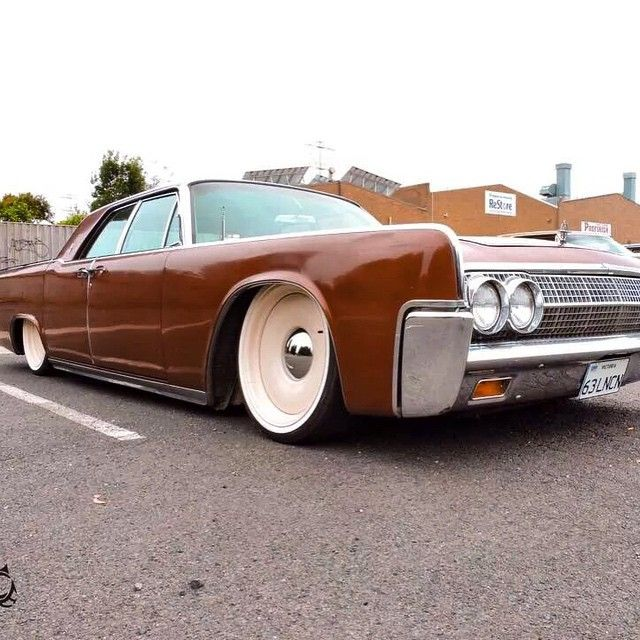 """""""#SuicideSlabsWorldWide looking good in Australia Just can't get enough of @argonautica_pty_ltd's """"63 LNCN"""" rocking @mobsteel #1963lincolncontinental…"""""""