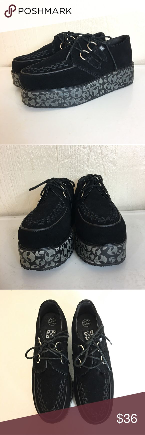TUK Black Suede Creeper Glow Aliens NWOT 8 41 Awesome pair of British T.U.K. Creepers with glow in the dark alien soles. New without tags, no flaws.  Size UK men's 8, EU 41, US men's 8. T.U.K. Shoes Oxfords & Derbys
