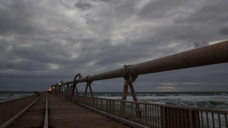 Gold Coast Spit Pier sunrise timelapse comprising of 453 photos taken over a 1.5hr period #timelapse #australia #goldcoast #queensland #sunrise #clouds