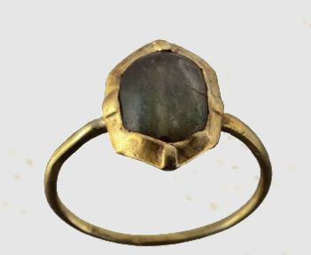 A gold ring, Europe, 13th century A.D. (HH)