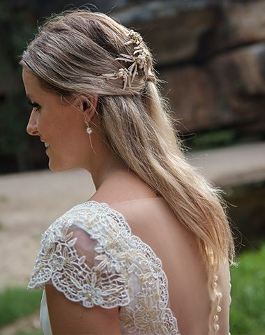 Peter Trends Bridal gown and accessories