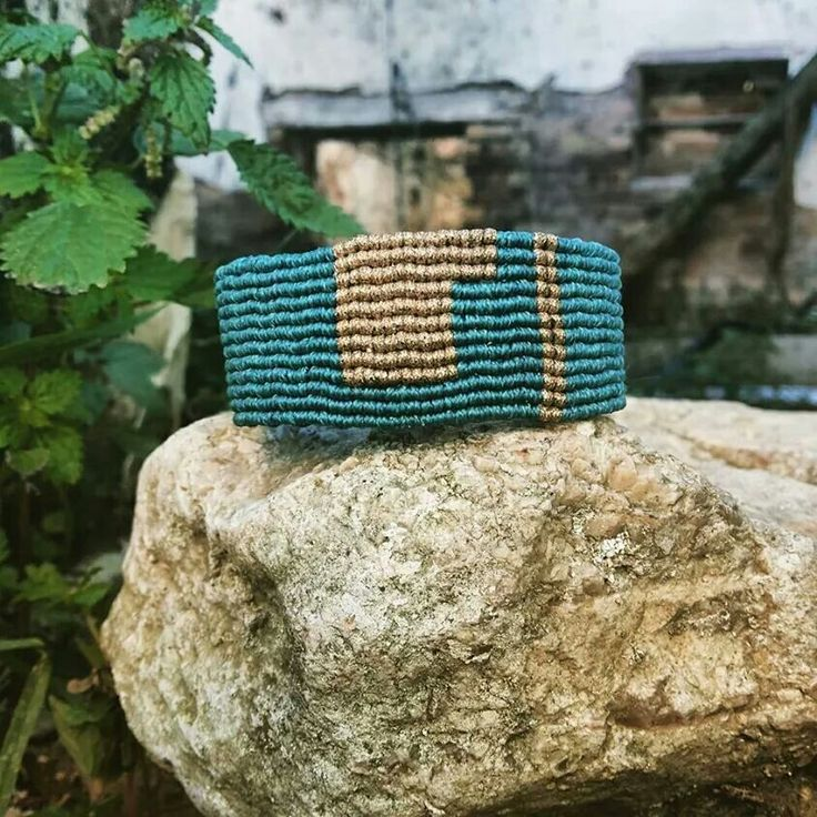 Macrame bracelet https://www.facebook.com/pages/Nostalgie-Handmade-by-Tatjana/425760884176858?ref=aymt_homepage_panel