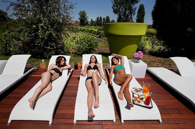 Un po' di relax vicini alla zona SPA della Cascina by Cascina Caremma
