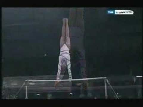 Becky Downie Bars, world Championships 2007