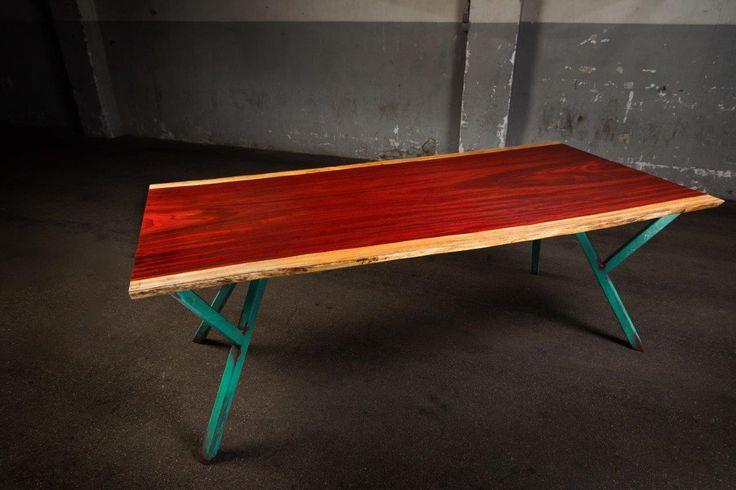 Padouk tafelblad op ypsilon green tafelpoten        #edgyfurniture #tafels #designtafel #designtisch #designtable #studiopeer