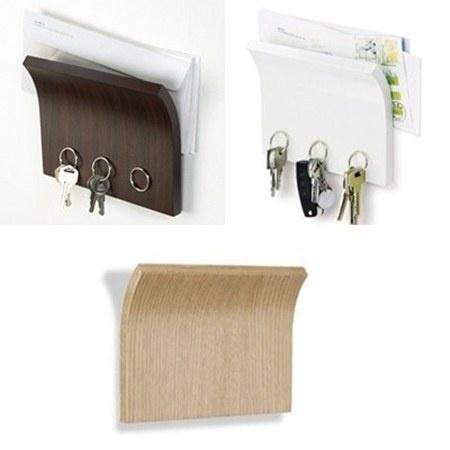 Guarda la correspondencia de manera ordenda, además este soporte cuenta con un poderoso imán que te permitirá colgar hasta 3 juegos de llaves.