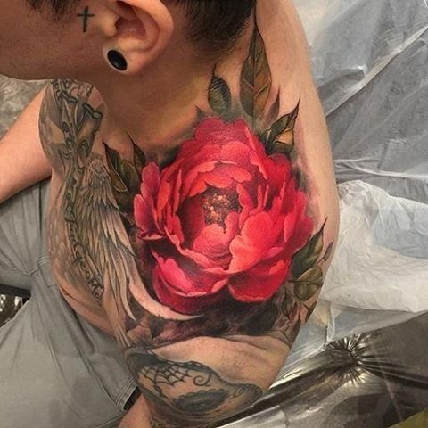 #Tattoo by @sam_ford_tattoos (Samantha Ford) - Flower on Shoulder Niall let me freehand this bad boy yesterday. No reference just built it like a painting and loved every second of it :) thanks Niall! Tattoos by Samantha Ford Travel Dates: 10/26/16 to 10/29/16 - Samantha Ford @ Off the Map Tattoo.com Off the Map Tattoo Easthampton, Ma Keywords #ColorTattoos #FlowerTattoos Feed powered by @TattooNOW_dot_com