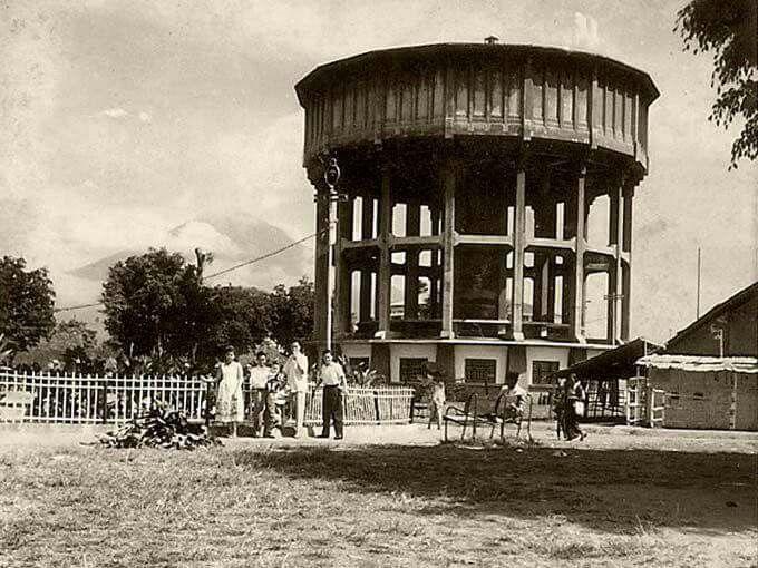 Menara Air, Magelang( year unknown)
