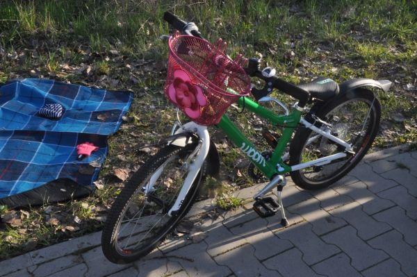 Artykuł: WOOM 4 - lekki rower dla dziecka na kołach 20 cali - test/opinia - Dzieciaki w Plecaki - propozycje aktywnego spędzania czasu z dziećmi.