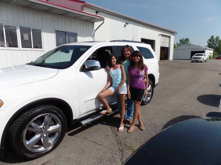 Congratulations to Glenna H. on her purchase of a new Dodge Durango! We appreciate the opportunity to earn your business, and hope you enjoy your new vehicle!