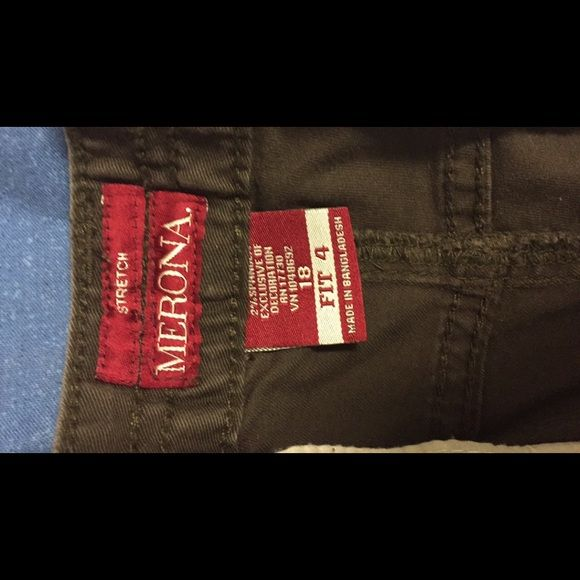 Merona Mid Waist & Curvy Hip Jeans Same as the other pair I have listed, bought them they're a size 18 but run small because of the fit. Merona Jeans Boot Cut
