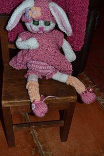 Poplap met 'n Stoflap  A happy bunny. I didn'y use a pattern.