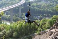 Dinant Aventure : pont suspendus, promenades nature, lasergame, VTT, téléphérique, death ride et bien d'autres. Des activités pour toutes les occasions : défi entre collègues, délire entre amis ou challenge en famille. A 15 min de la Grange d'Ychippe  https://www.lagrangedychippe.be