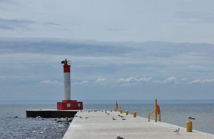 Oakville - Lighthouse at lakeside park