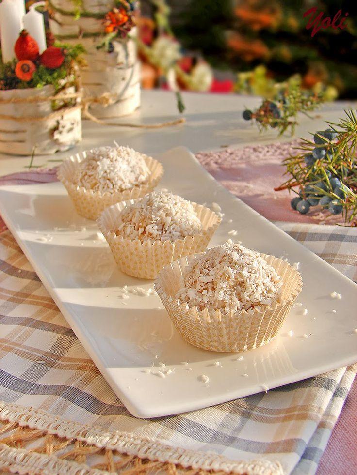 Вкусно с Йоли: Бисквитени топчета с ананас и кокос