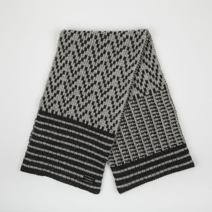 RVLT - men's fashion. Grey heavy wool blend scarf with a nordic inspired pattern made in melange look. A new take on a classic nordic pattern.