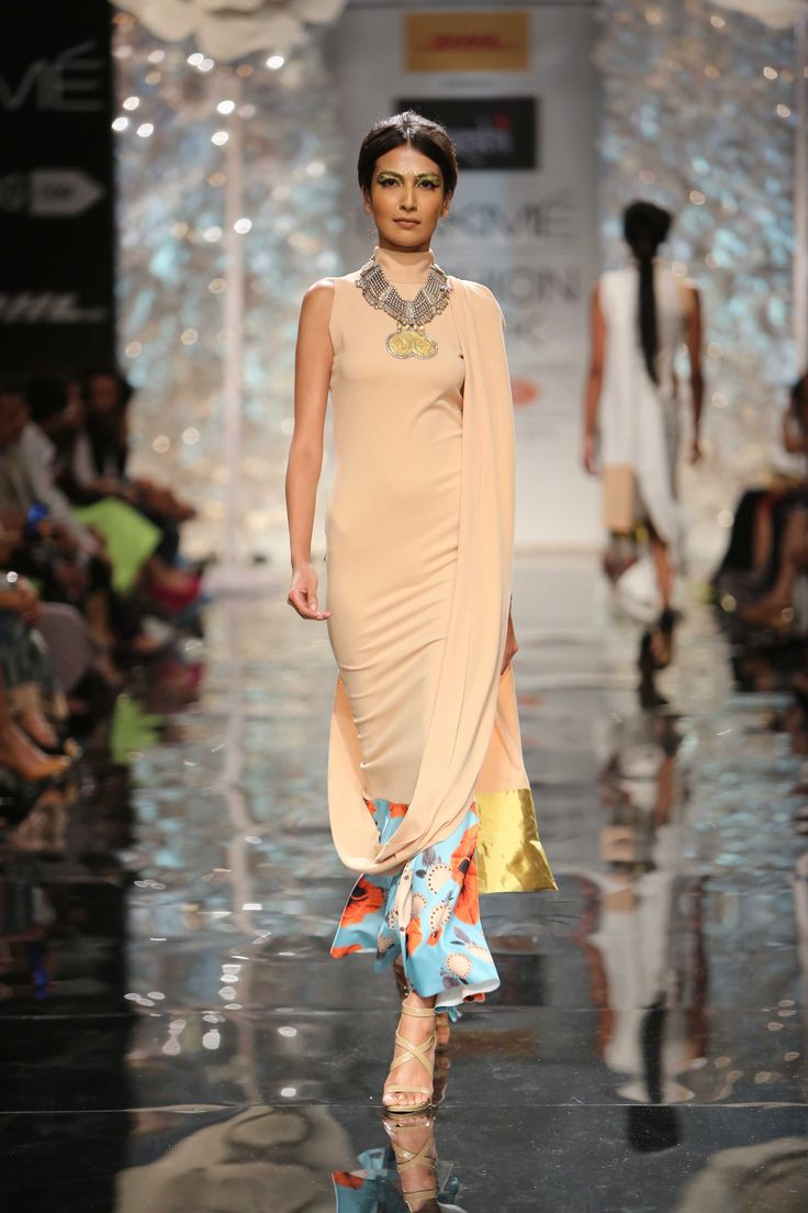 Masaba Gupta's collection at Lakme Fashion Week Winter/Festive 2014 was subtlety at its best! #JabongLFW #lakmefashionweek