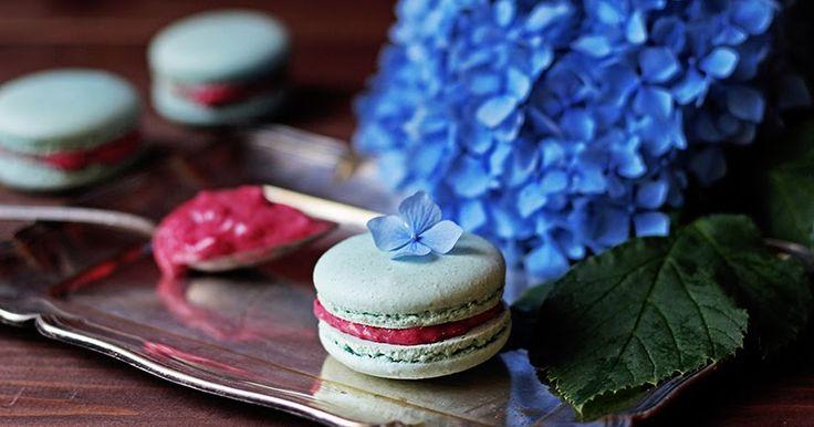 Raspberry nicecream macarons / Malinová zmrzlina & macarons | Na vidličku food blog