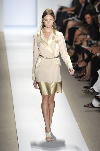 Reem Acra at New York Fashion Week Spring 2009 - Runway Photos