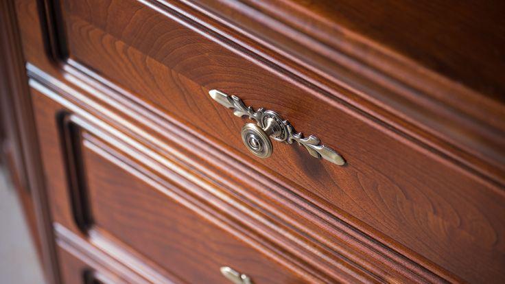 minőségi-tömörfa-bútor-klasszikus