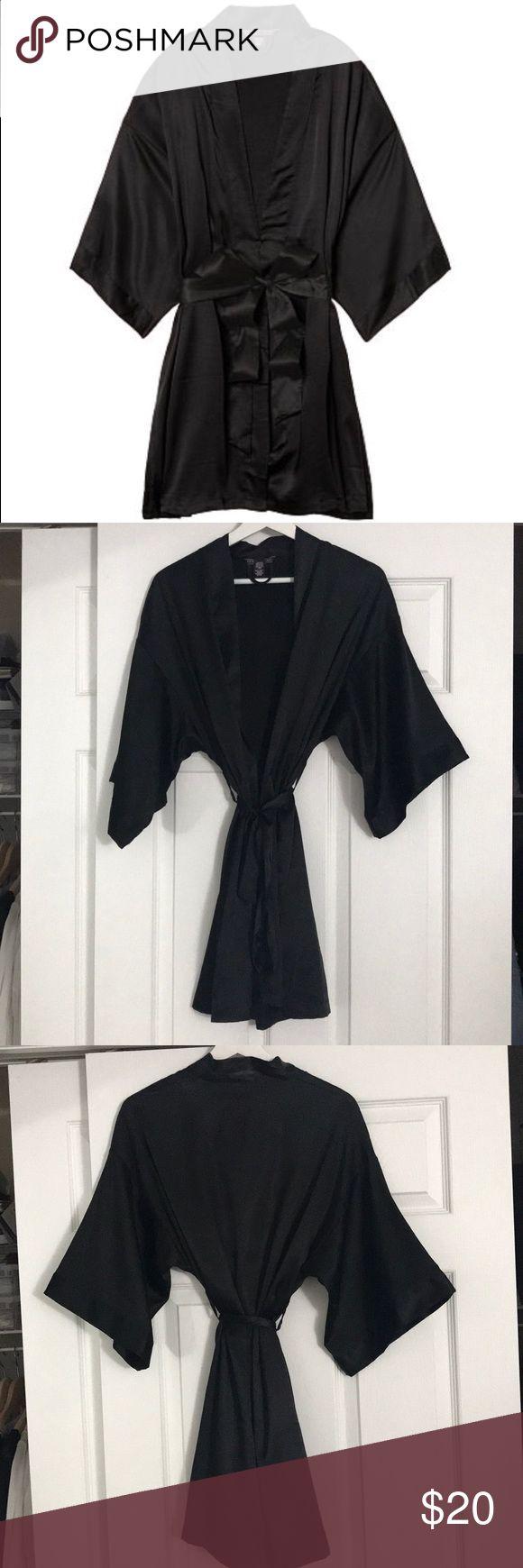 Victoria's Secret kimono robe Victoria's Secret very sexy short satin kimono robe. Adjustable waist tie. Two front pockets. No trades. Offers welcome. Victoria's Secret Intimates & Sleepwear Robes
