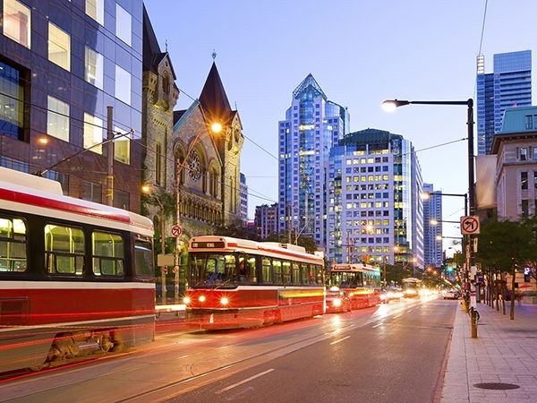 17 Best Ideas About Downtown Toronto On Pinterest