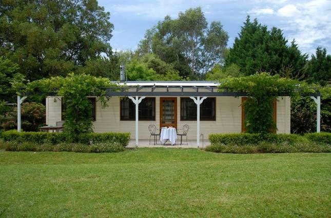 Fleur Farm Cottage, a Kangaroo Valley Cottage   Stayz