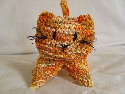 MarmaladeRose: #Crochet Kitten Pattern