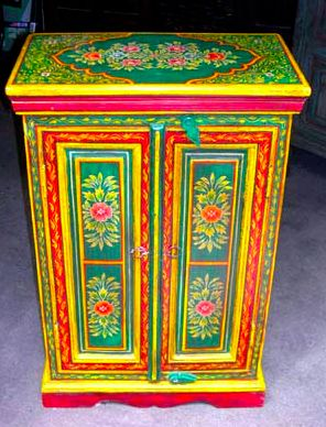painted cabinet looks like Russia scarf or panski egg