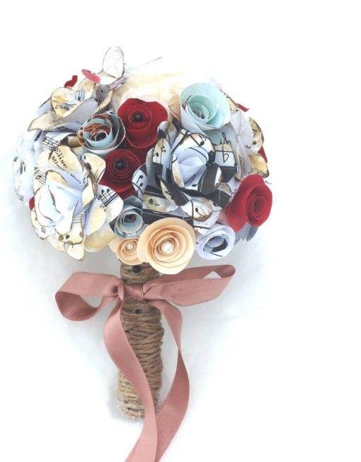 buchet cu flori  din note muzicale si partituri/ musical inspired flower paper bouquet