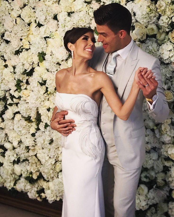 Aliona vilani wedding dress