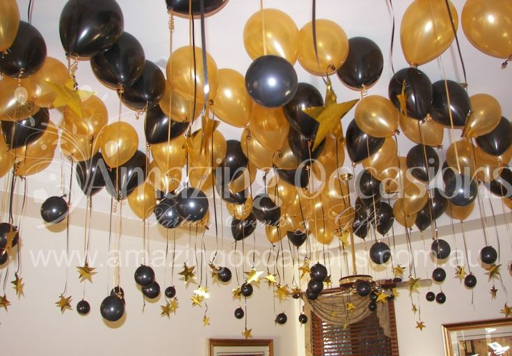 Black and Gold Party Centerpieces | 60th Birthday Balloons in black and gold, latex helium balloon ...