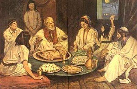 """La Pascua Cristiana; el origen judío  Para hablar de los orígenes de la celebración de la Pascua Cristiana necesariamente tenemos que rememorar la fiesta judía del Pésaj.  Para los que no conozcan el término el """"Pésaj"""", es una festividad ancestral del pueblo judío que conmemora su salida de Egipto, relatada en el libro bíblico del Éxodo. El Pésaj es como se conoce a la Pascua judía cuyas raíces están en la historia contada de la Torá.   La """"Última Cena"""" no es otra cosa que la celebración del…"""
