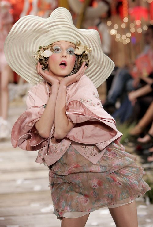 17 Best images about [John Galliano] on Pinterest ...