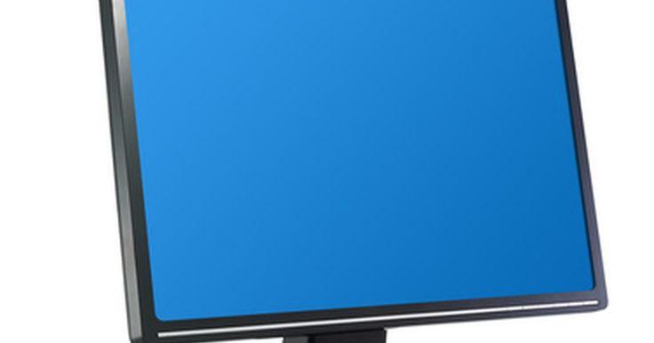 Tipos de cables de un monitor. A pesar de que la mayoría de los monitores de las computadoras hoy en día son paneles LCD, todavía hay un número diferente de maneras de conectarlos a tu computadora. Las conexiones del monitor varian tanto en el tipo y el tamaño del monitor. Algunos monitores viejos utilizarán un cable VGA analógico, mientras que los monitores nuevos utilizan una ...