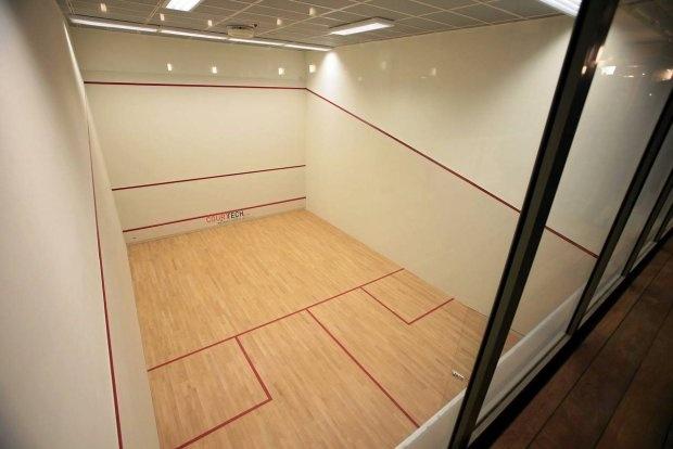 Underground squash court @ Foksal Residence