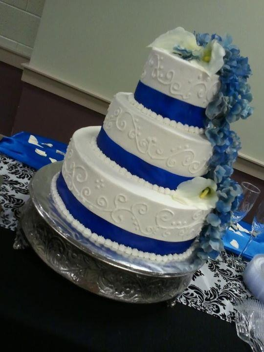 blue green and white wedding cakes blue and white wedding cake cakes i ve made 11988