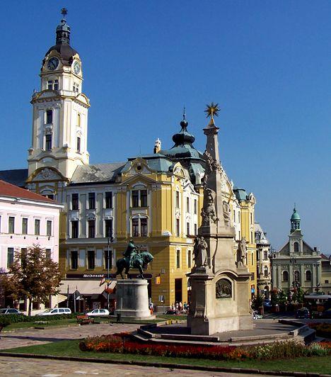 Pécs Pécs igazi kulturális főváros, nem véletlen, hogy sokan az ország legszebb városának tartják. A Baranya megyei város számos múzeumnak otthont ad, emellett török kori, sőt, ókeresztély emlékek is találhatóak területén.
