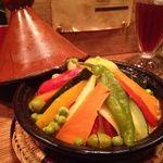 ジャジューカ - 料理写真:肉と野菜のタジン(モロッコの煮込み料理)
