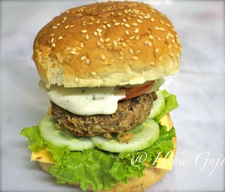 Fun, Food and Frolic: Product Review - Cooking Red Beans Burger with Hudson Canola Oil