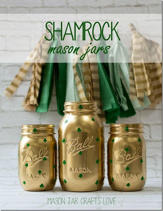 Shamrock Mason Jars by @masonjarcraft | St. Patrick's Day Decor