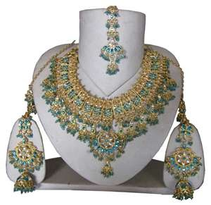 What I like to wear for dinner: Mehndi Design, Dresses Fashion, Indian Jewelry, Indian Fashion, Fashion Jewelry, Bridal Jewelry, Indian Bridal, Vintage Costumes Jewelry, Indian Wedding